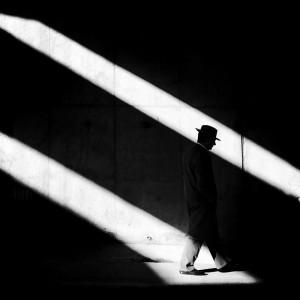 Homme en noir et blanc - Photo artistique